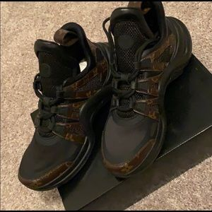 Women's Louis Vuitton Archlight Sneakers